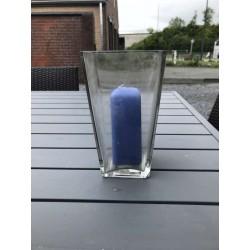 Windlicht met blauwe kaars